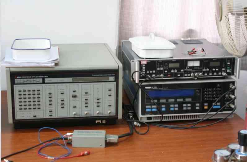 电化学综合测试仪