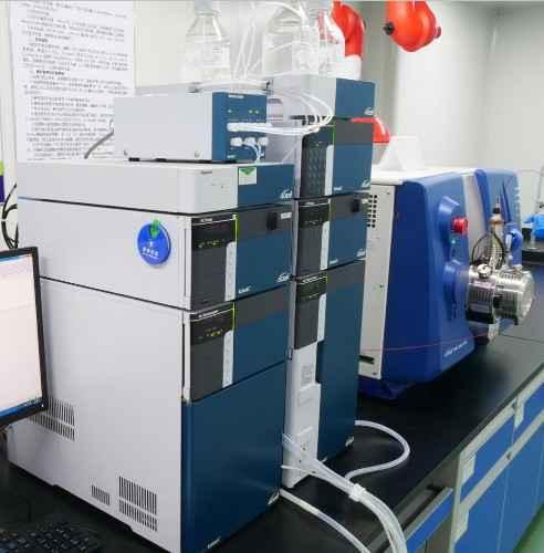 液相色谱串联质谱仪