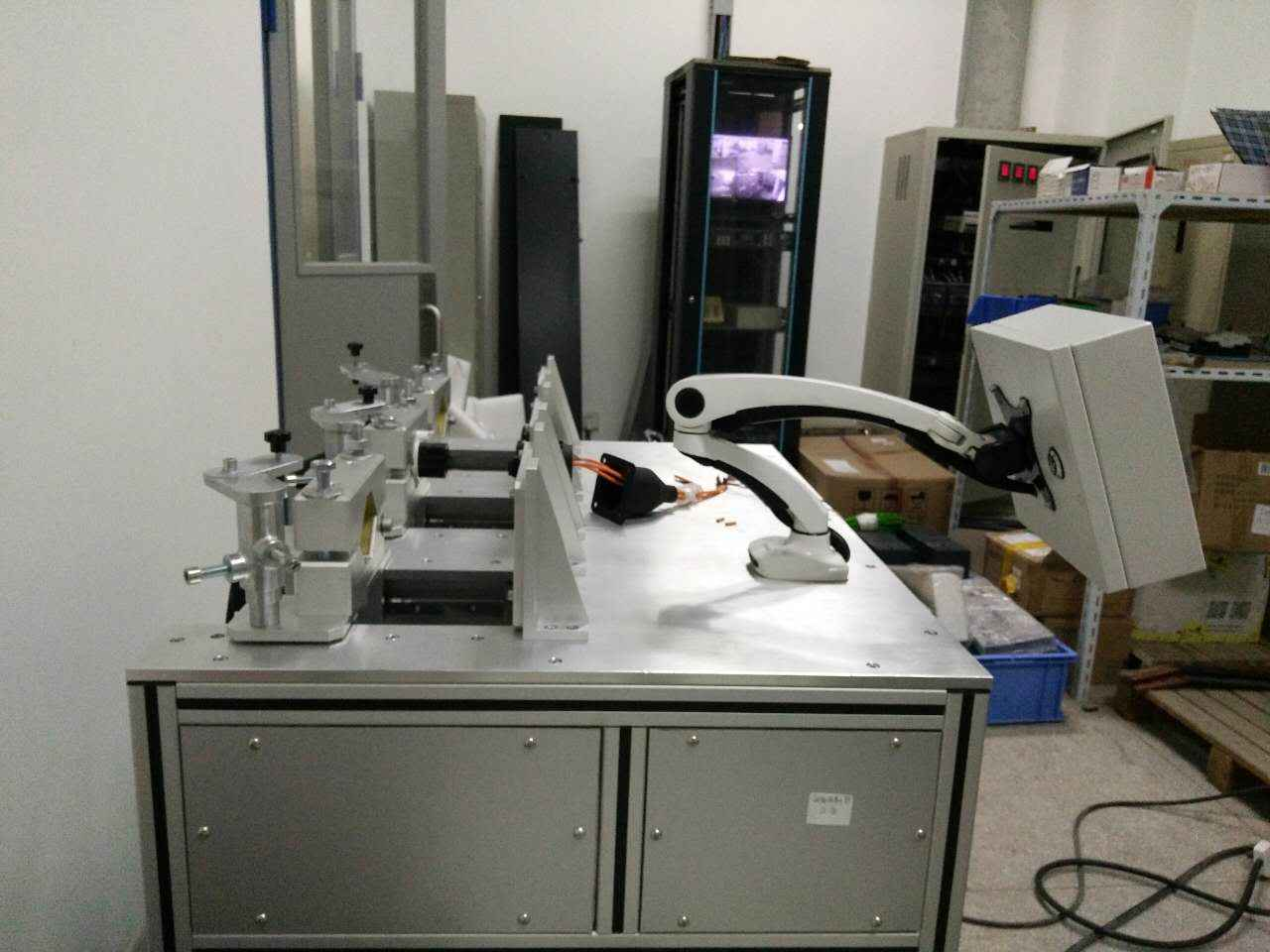 电动汽车传导充电用连接器测试系统