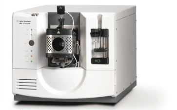 液相色谱与离子阱质谱联用仪