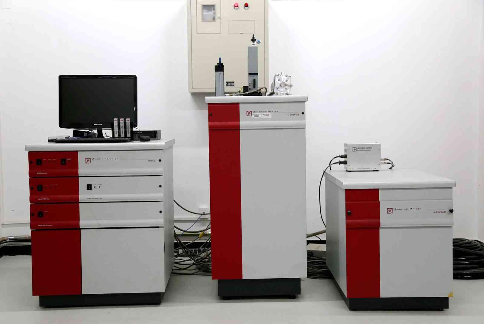 磁学性质测量系统