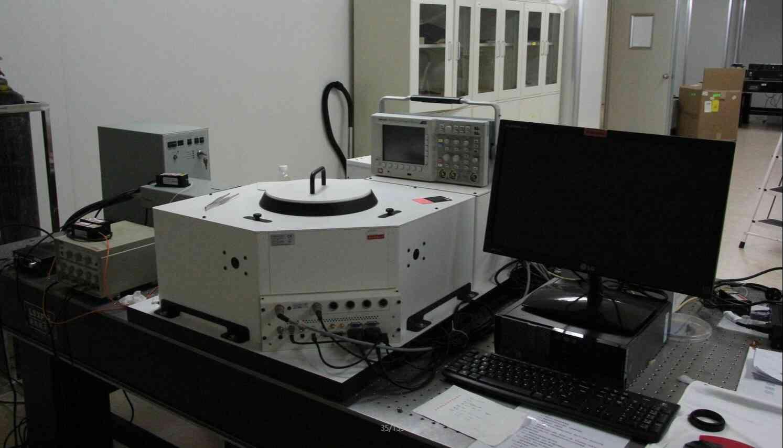 红外光谱仪